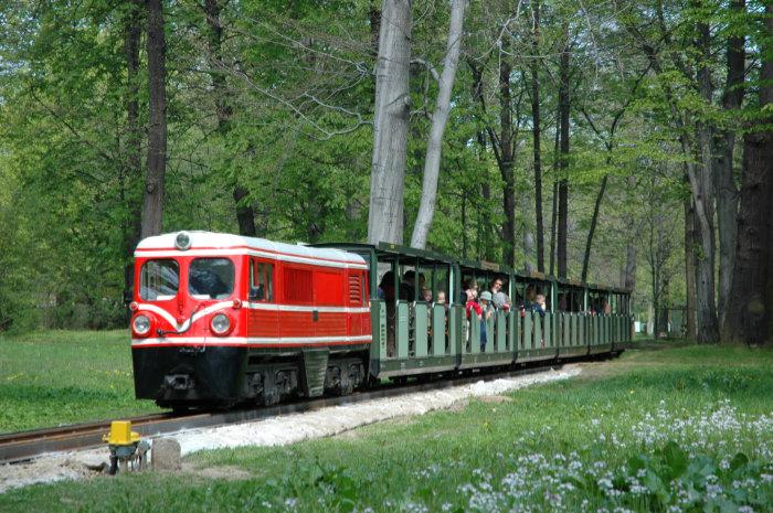 Dresdner Parkeisenbahn fährt wieder im Großen Garten